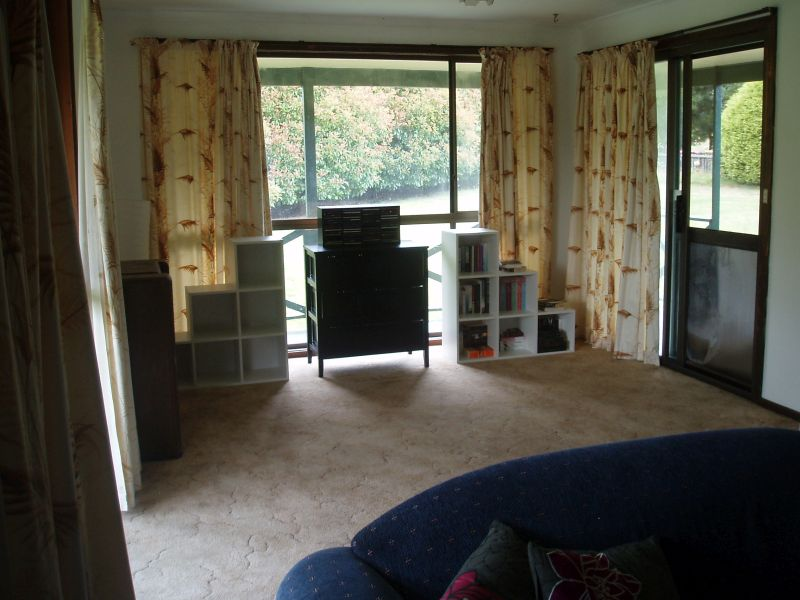 Lounge sitting area 2